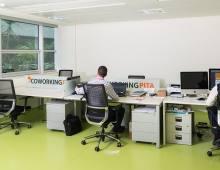 Centro de negocios con coworking Almería Coworking PITA
