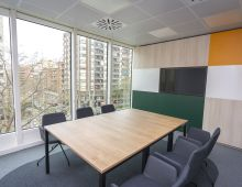 Centro de negocios con coworking Barcelona Sants First Workplaces