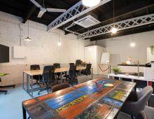 Oficina compartida Barcelona myHQ PRIVATE GARAGE OFFICE GLORIES 22@