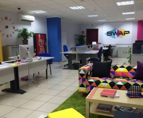 Coworkingspain i coworking y oficinas compartidas en for Oficinas cajasiete