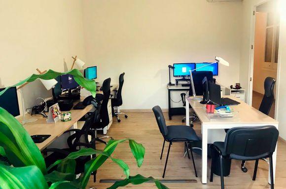 Centro de negocios con coworking Valencia OficinasQuerol
