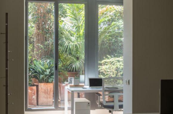Centro de negocios con coworking Barcelona KM3 Business Center