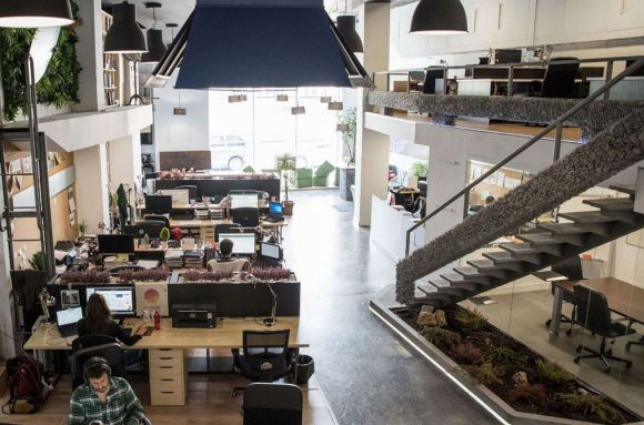 Centro de negocios con coworking Bilbao Kai Atelier Bilbao