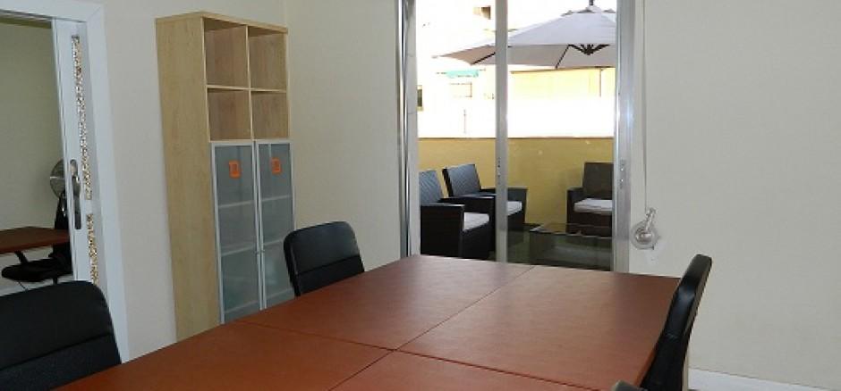 Ofi 20 metros de sol madrid oficina compartida en madrid for Oficina compartida barcelona
