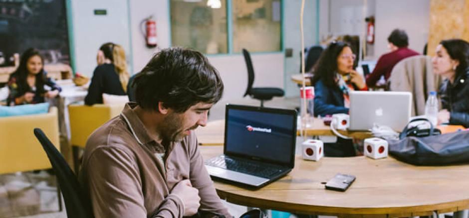 Coworking Granada CoFamily Cowork space