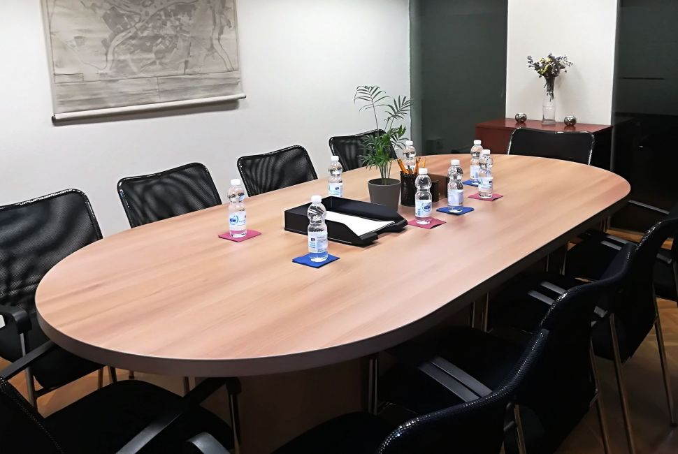 Sala de Reuniones - Meeting Room