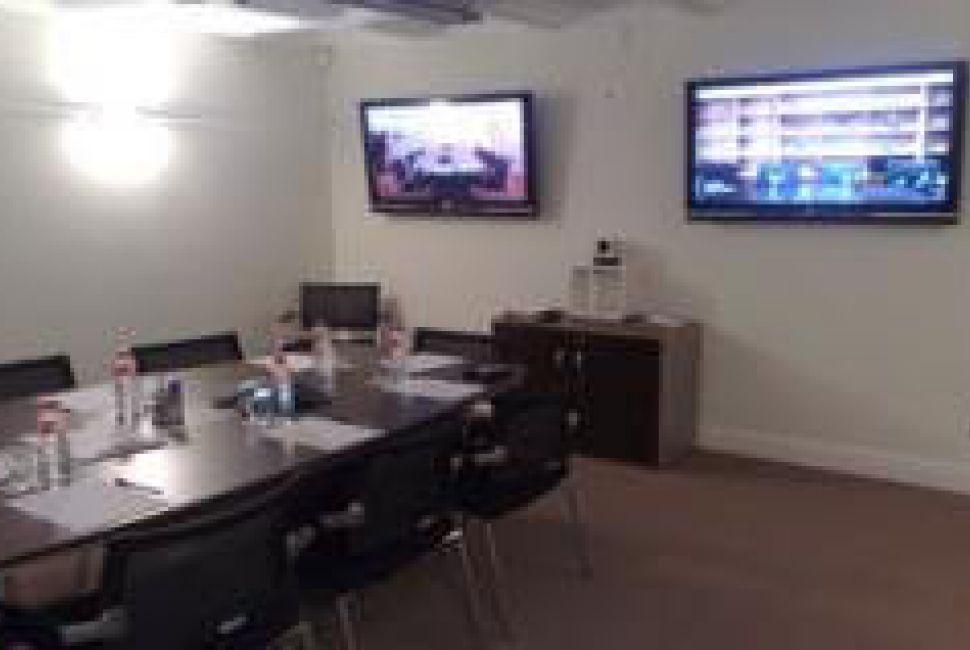 Sala de Reuniones solo para clientes con contrato CoWorking