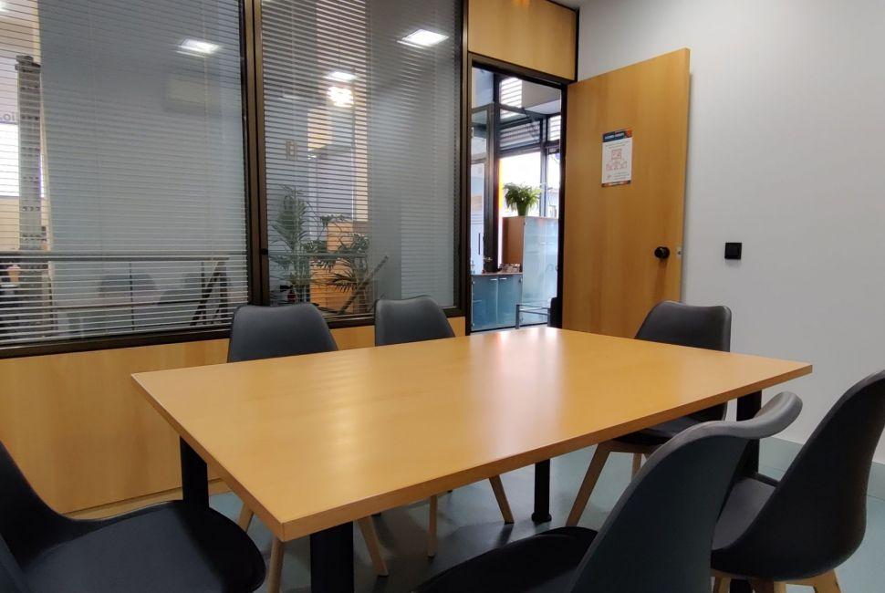 Sala de reuniones (gratuita para nuestros coworkers)